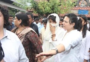 Video - Priyanka Chopra's father Dr. Ashok Chopra's funeral