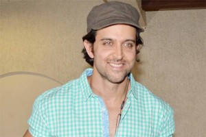 Video : Hrithik Roshan celebrates his 40th birthday with his sons in a private yacht