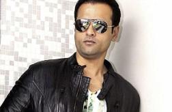 Rohit Roy to bring 'Manhattan Mango