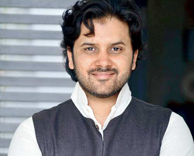 Javed Ali sings for a TV show