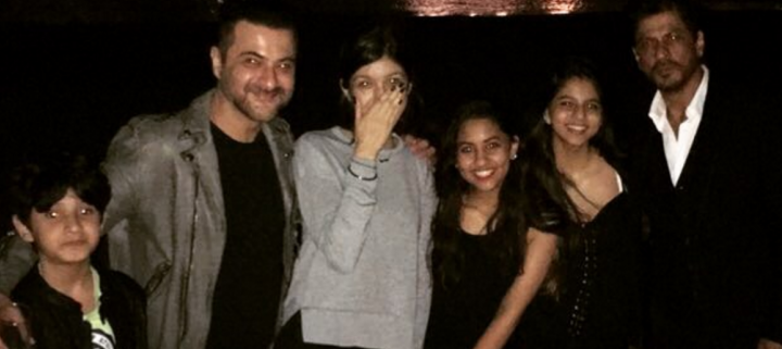 Shah Rukh Khan rings in New Year with Sanjay Kapoor and family