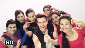 Watch: Hrithik Roshan grooving with the 6-Pack Band in #AyeRaju