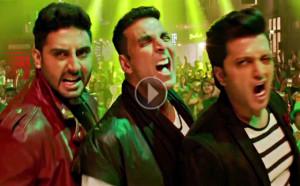 WATCH: Akshay Kumar, Abhishek Bachchan and Riteish Desmukh go crazy in 'Taang Utha Ke'