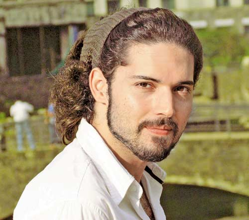 'Bhaag Milkha Bhaag' actor Henry Tangri to be seen as an army captain in 'Junooniyat'