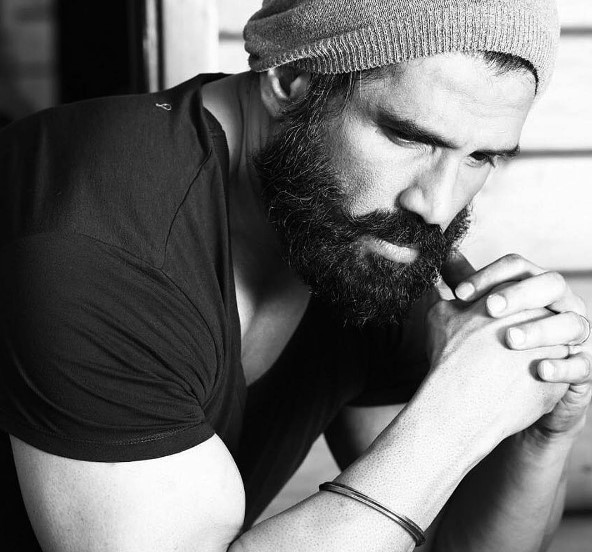 Pics Suniel Shetty Is Looking So Hot With His New Beard