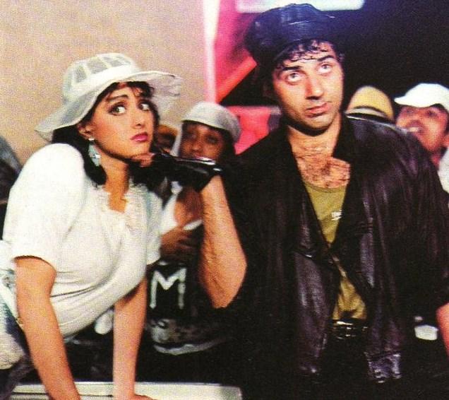 Na Jaane Kahan Se Aayi Hai - Chaalbaaz (1981)