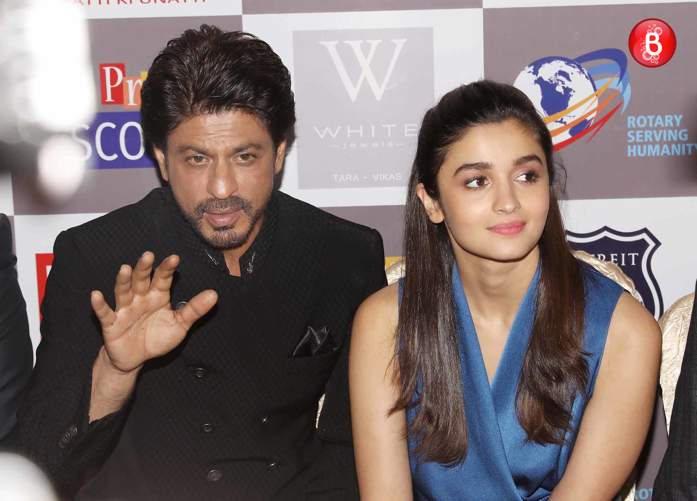 Alia Bhatt and Shah Rukh Khan
