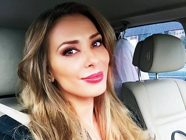 iulia vantur to be the showstopper at lakme fashion week
