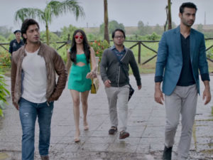 'Commando 2' title track: Vidyut Jammwal is the only good thing in this song