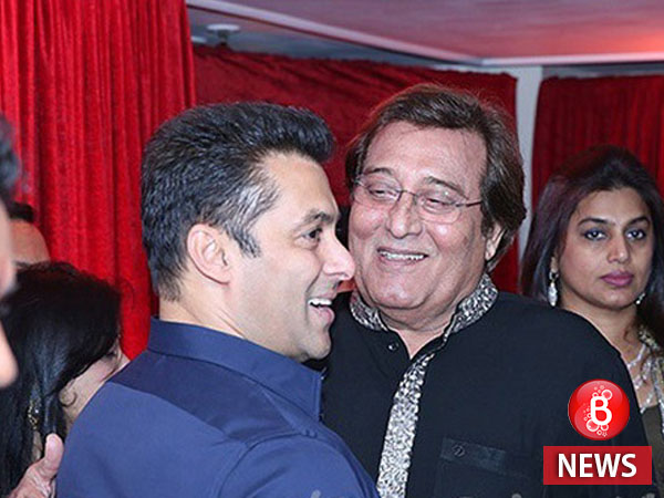 Improvement in Vinod Khanna's health, says hospital medical bulletin