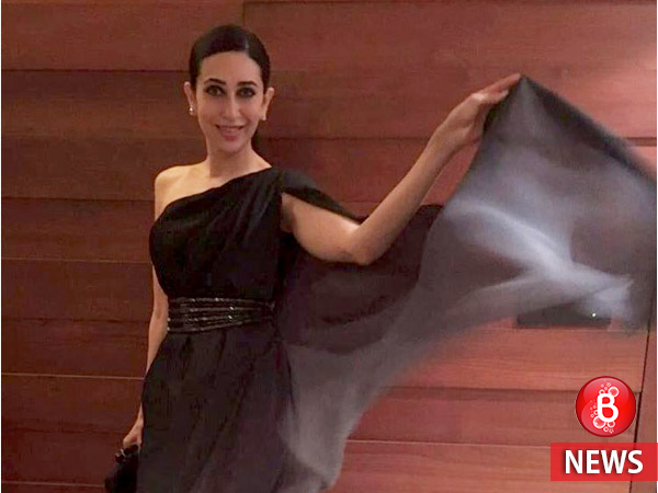 Karisma Kapoor too hot to handle in new vacation pictures