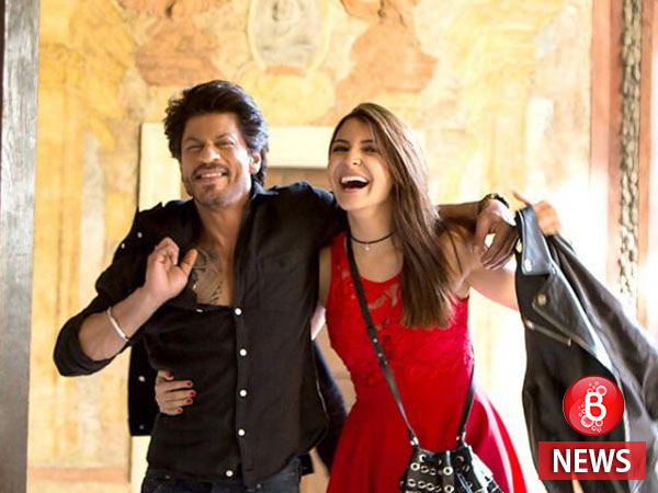 Anushka Takes Down Prague With SRK In Search Of Her 'Ring'