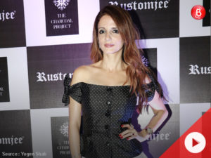 Watch: Here's how Sussanne Khan reacted when asked about Hrithik-Kangana spat